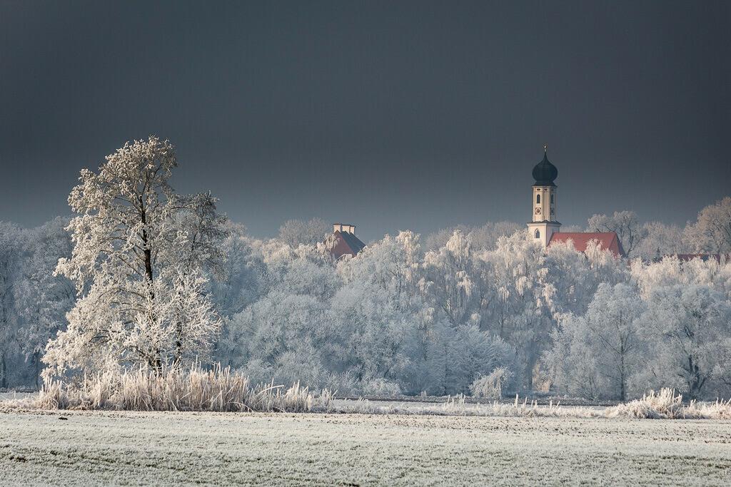 Kirche von Walkersaich im Winter