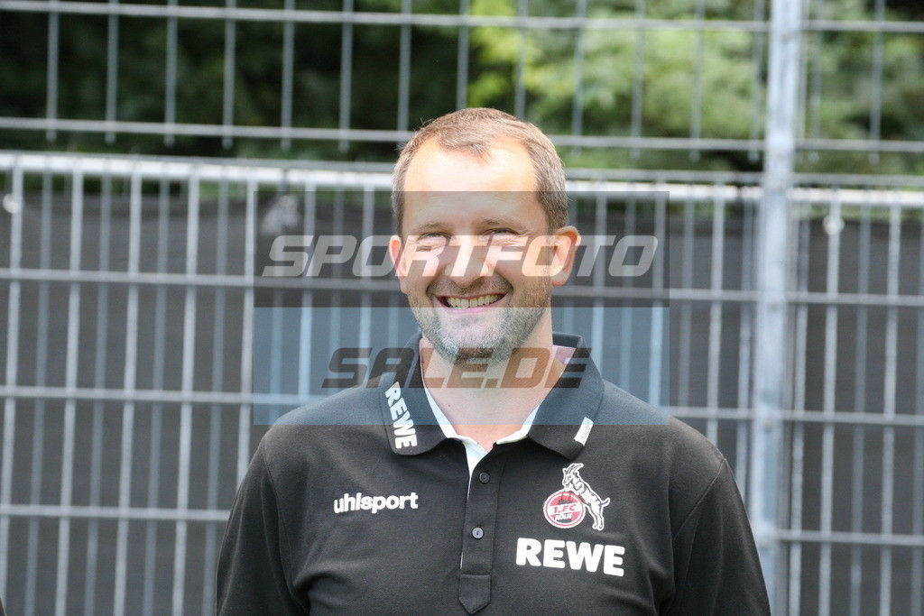 1. FC Köln Fotoshooting | Denis Lapaczinski - © Sportfoto-Sale (MK)