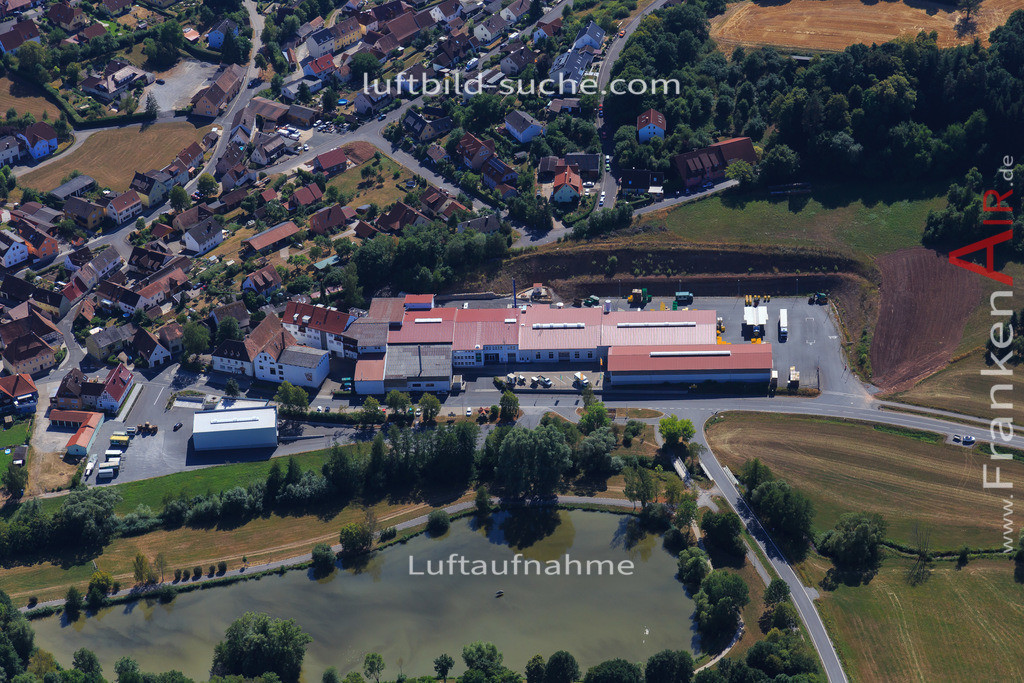 muechsteinach-2015-2225 | Luftbild von  Muechsteinach - Luftaufnahme wurde 2015 von https://frankenair.de mittels Flugzeug (keine Drohne) erstellt - die Geschenkidee