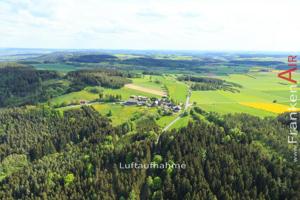 kleetzhoefe-2015-166 | Luftbild von  Kleetzhoefe - Luftaufnahme wurde 2015 von https://frankenair.de mittels Flugzeug (keine Drohne) erstellt - die Geschenkidee