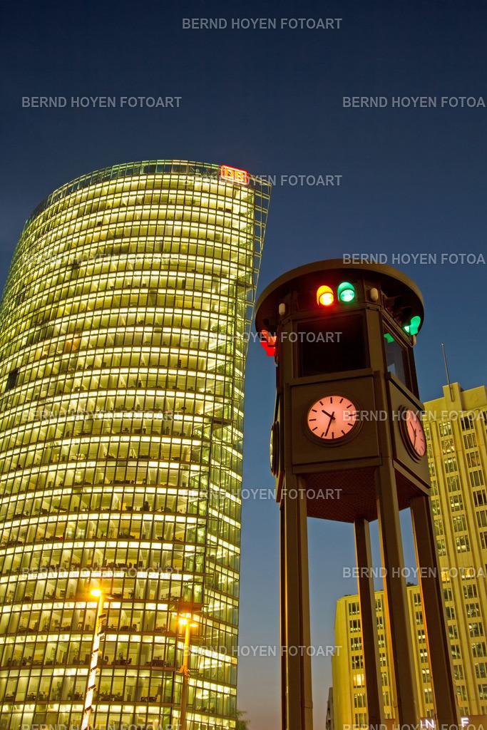 pp night time | Foto einiger Bürotürme am Berliner Potsdamer Platz, Deutschland. | Photo of some office towers at Berlin Potsdamer Platz, Germany.