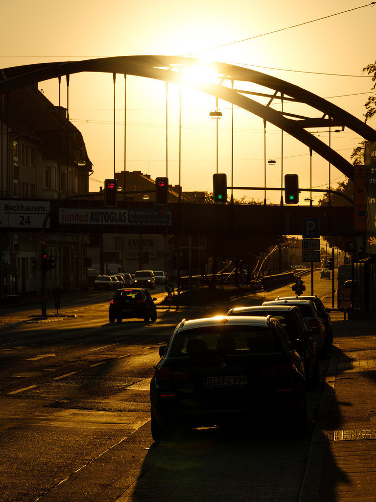 Sonnenaufgang an der Herforder Straße | Sonnenaufgang an der Herforder Straße in Bielefeld an einem Augustmorgen.