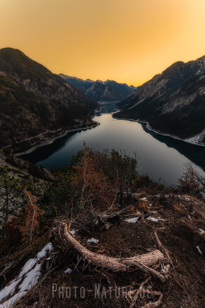 Tolle Farben | Sonnenaufgangsstimmung über einem Tiroler See