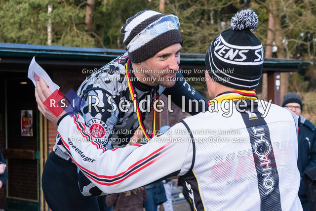 Siegerehrung der Ü40 Masters 2 | Lars Kneller (FC St. Pauli, #163, Masters 2), Thorben Woelki (RV Trave Oldesloe, #181, Masters 2)