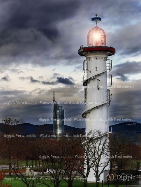 Leuchtturm Donauinsel 1 - Vorschaubild | Leuchtturm auf der Donauinsel mit Milleniumtower im Hintergrund