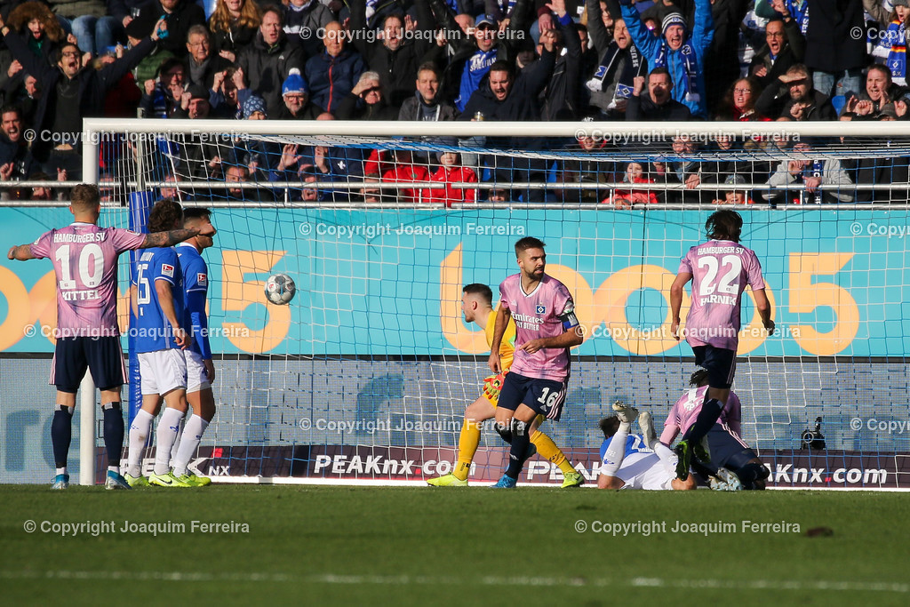 191221svdvshsv_0536 | 21.12.2019 Fussball 2.Bundesliga, SV Darmstadt 98-Hamburger SV emspor, despor  v.l.,  Lukas Hinterseer (Hamburger SV) Goal scored, Tor zum 0:1    (DFL/DFB REGULATIONS PROHIBIT ANY USE OF PHOTOGRAPHS as IMAGE SEQUENCES and/or QUASI-VIDEO)