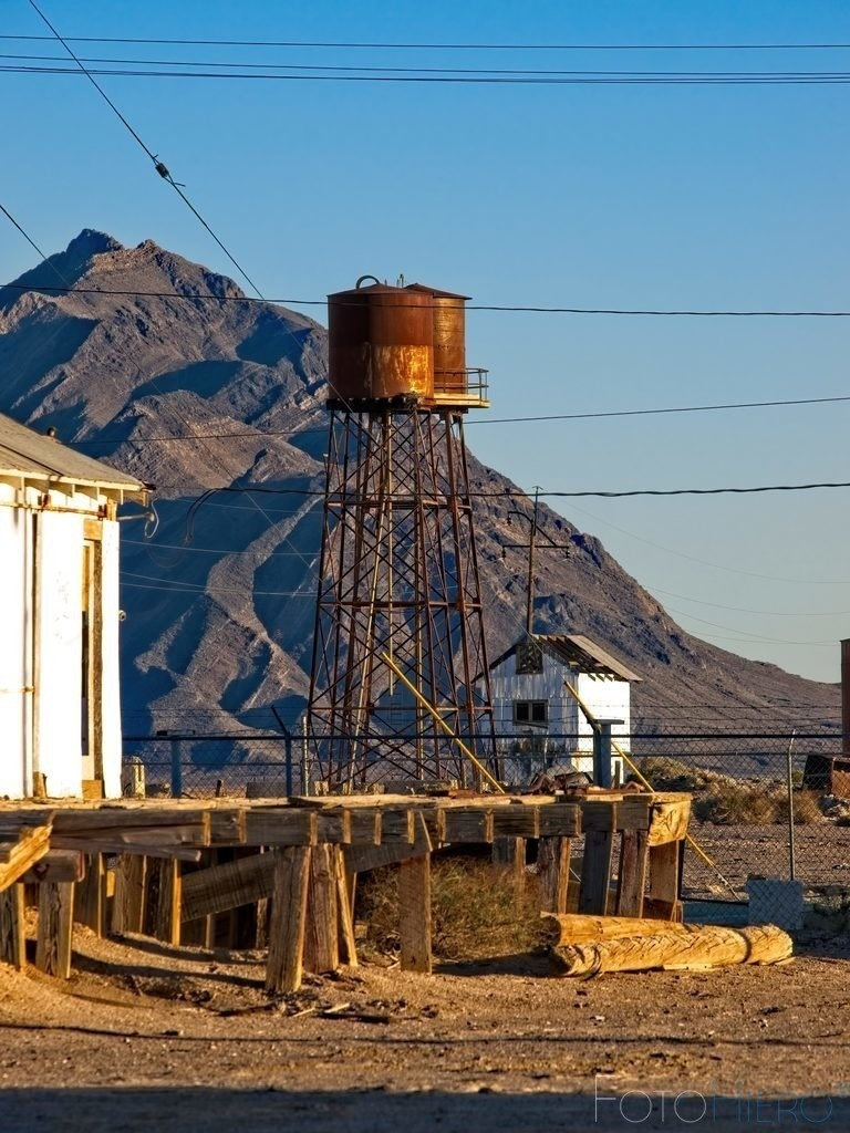 Wasserturm Death Valley Junction | Wasserturm in Death Valley Junction, California, USA