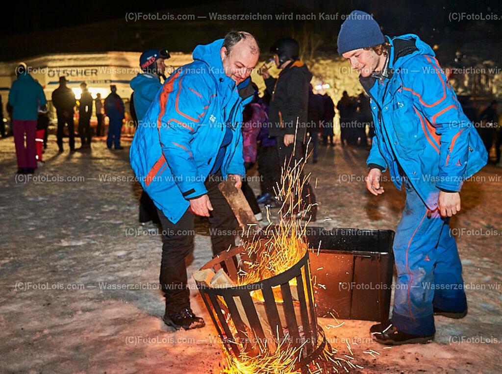 189_FIRE-ICE_Lackenhof   (C) FotoLois.com, Alois Spandl, FIRE & ICE in Lackenhof bei der Schirmbar im Weitental mit der Liveband àlaSKA, Feuershow von FEUERMATRIX, feurige Kulinarik, Pistenraupentaxi und dem großen Abschlussfeuerwerk zum Beginn der Semesterferien, Sa 2. Februar 2019.