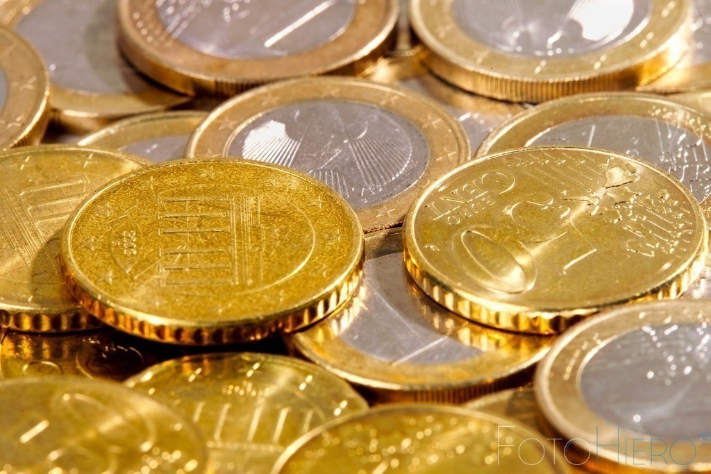 Euromünzen | Euromünzen liegen übereinander