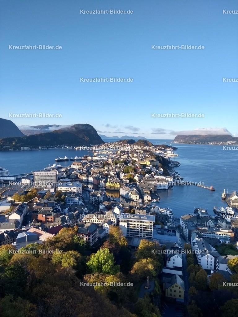 Blick vom Aksla auf Alesund  | Blick vom Aksla auf Alesund