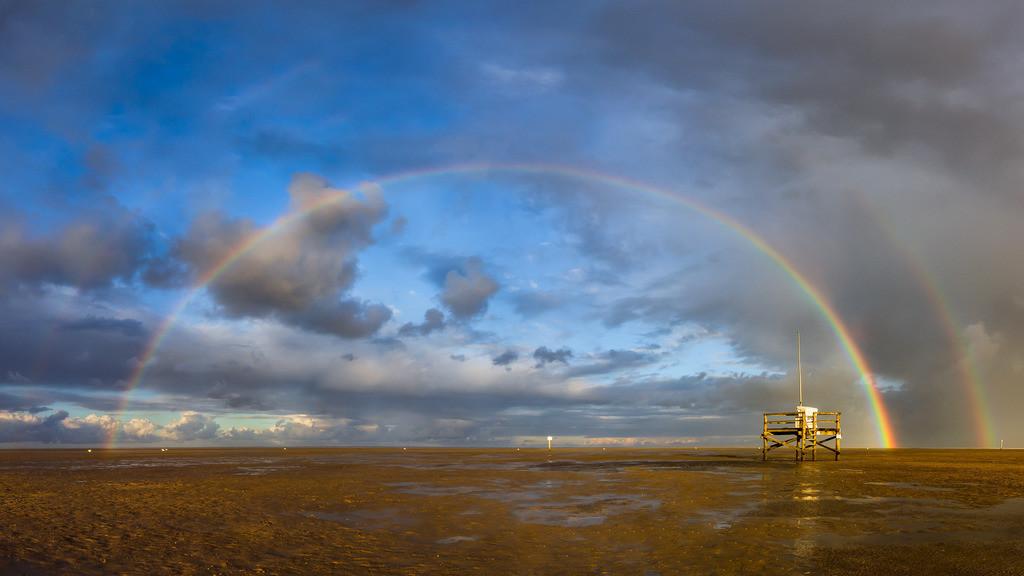 Double Rainbow | Der Himmel gibt alles morgens an der Badestelle in Sankt Peter-Böhl