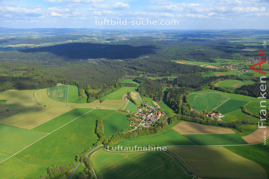 pleofen-2015-171 | Luftbild von  Pleofen - Luftaufnahme wurde 2015 von https://frankenair.de mittels Flugzeug (keine Drohne) erstellt - die Geschenkidee