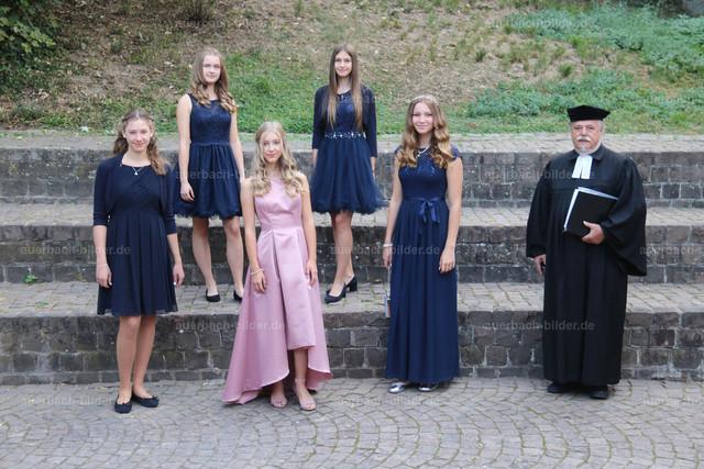 Konfirmation 2020_Mädchen_Gruppe Engelbrecht