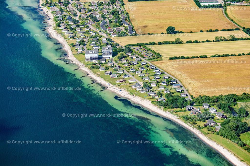 Großenbrode_ELS_9127130720 | Großenbrode - Aufnahmedatum: 13.07.2020, Aufnahmehöhe: 590 m, Koordinaten: N54°22.090' - E11°07.492', Bildgröße: 7613 x  5076 Pixel - Copyright 2020 by Martin Elsen, Kontakt: Tel.: +49 157 74581206, E-Mail: info@schoenes-foto.de  Schlagwörter:Schleswig-Holstein,Tourismus,Ostsee,Luftbild,Luftbilder,Deutschland