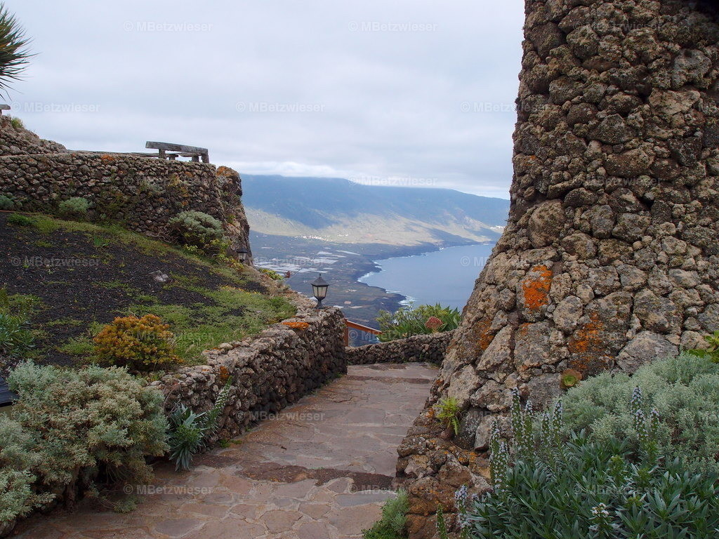 P5065441   Vom Mirador La Pena auf das Golfotal