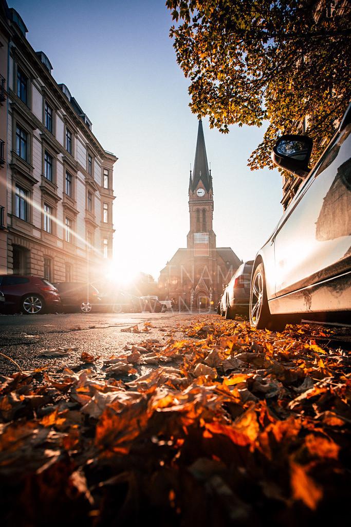 Lutherkirche Clarapark Herbst