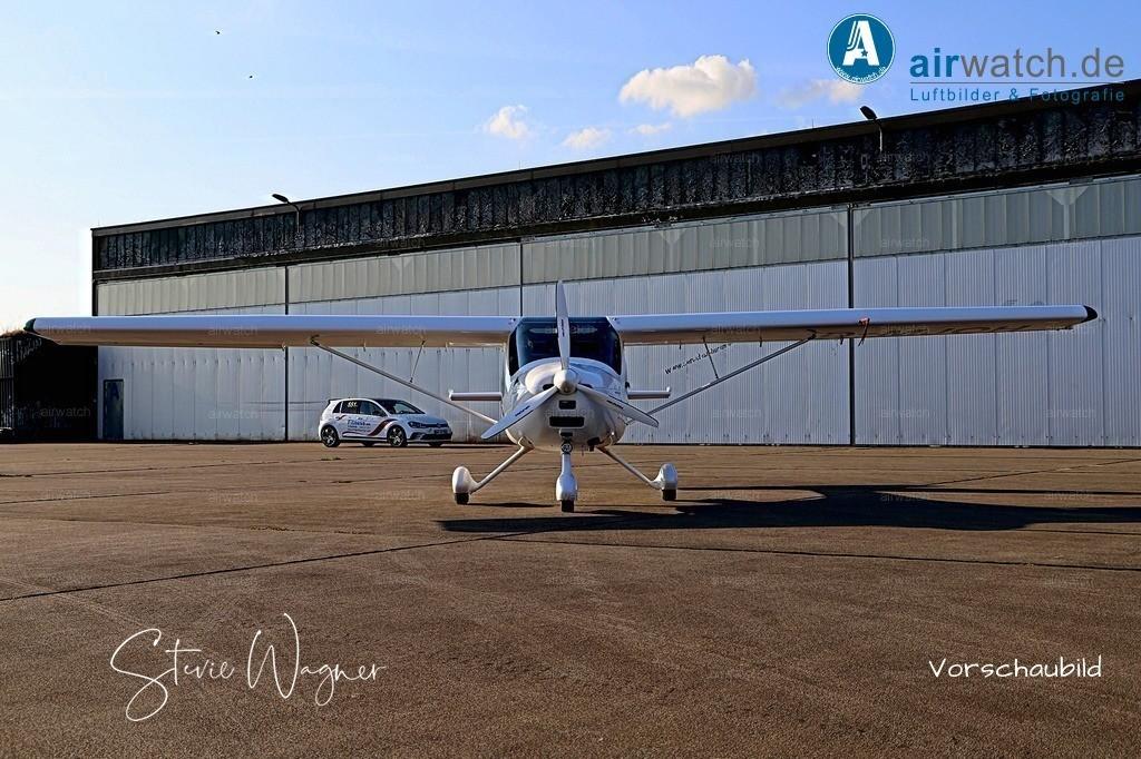 Flughafen Husum, Nord-Ostsee-Flugschule, Remos | Flughafen Husum, Nord-Ostsee-Flugschule, Remos • max. 6240 x 4160 pix