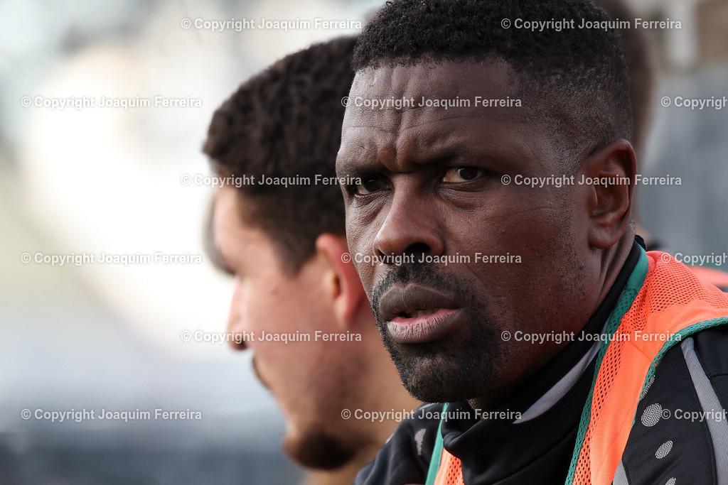 0551_3014 | 10.10.2020 Fussball Hessenliga SC Viktoria Griesheim - Hünfelder SV  v.l.,  Mohamadou