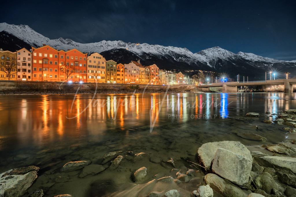 Vollmond in Innsbruck | Blick auf Mariahilf und die Nordkette in einer Vollmondnacht