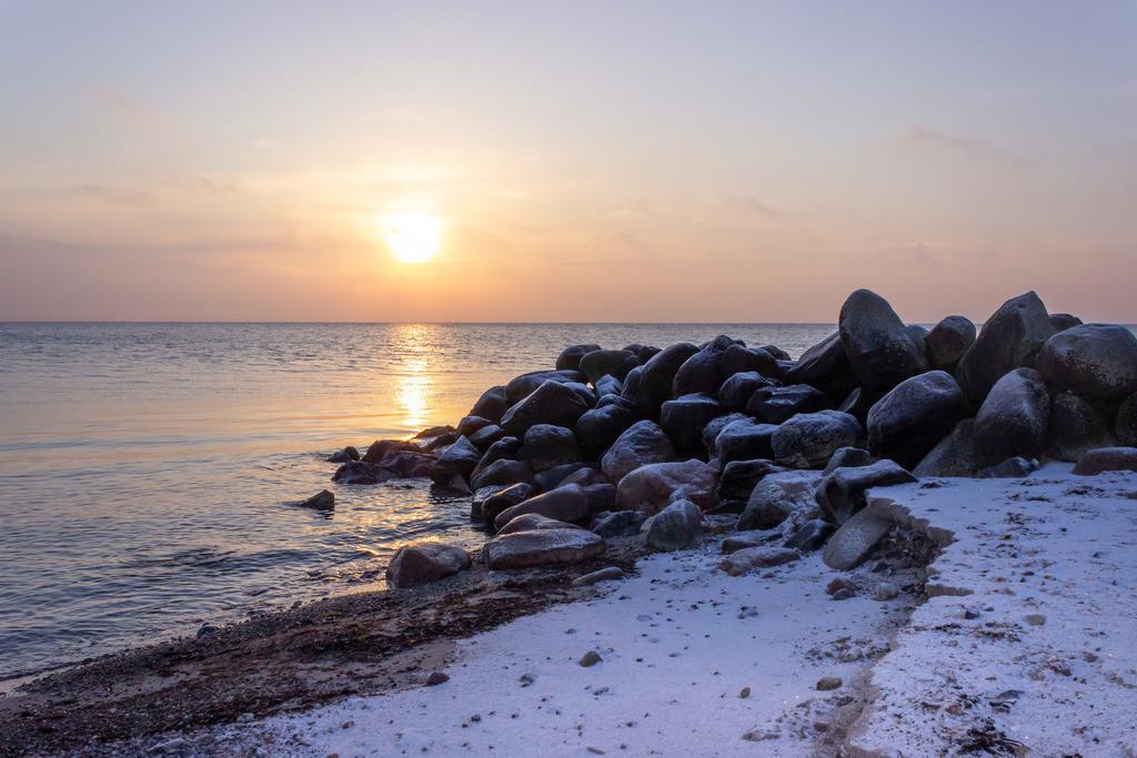 Strand in Damp | Sonnenaufgang am verscheiten Strand in Damp