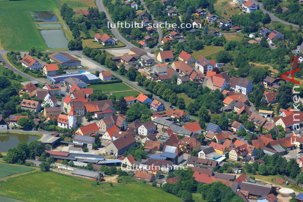 markt-taschendorf-2015-1594 | Luftbild von  Markt-taschendorf - Luftaufnahme wurde 2015 von https://frankenair.de mittels Flugzeug (keine Drohne) erstellt - die Geschenkidee