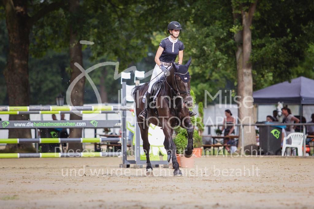200821_Delbrück_Youngster-M-621 | Delbrück Masters 2020 Springprüfung Kl. M* Youngster Springen 6-8jährige Pferde