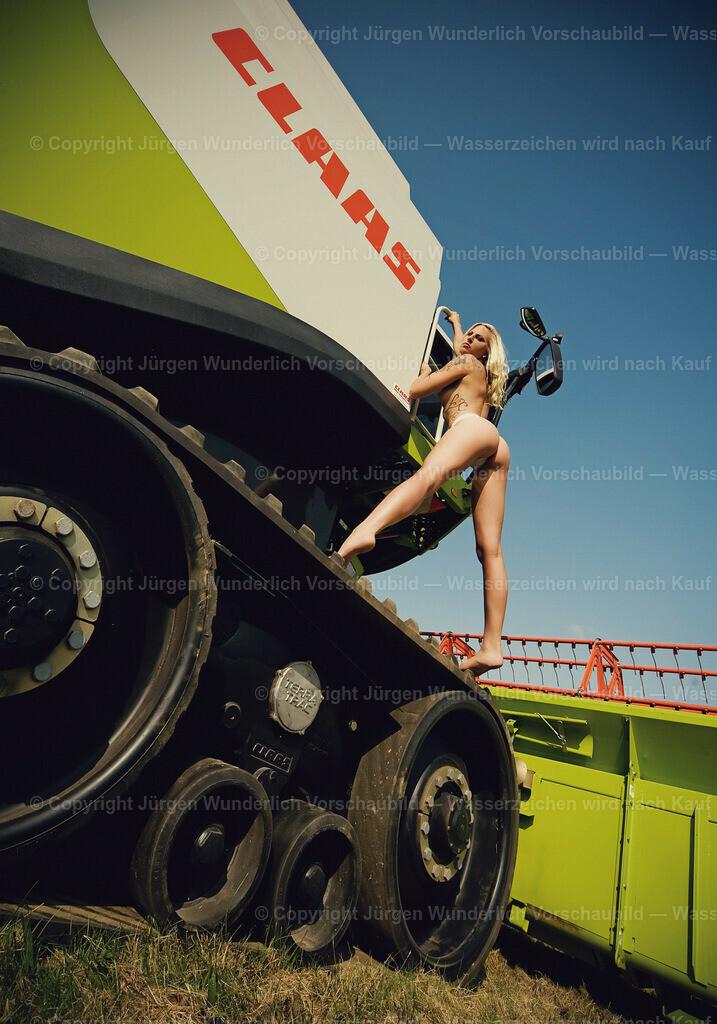 008_jana_SEXY_STANDING_70x100cm_JWF_8226_vintage_DRUCK