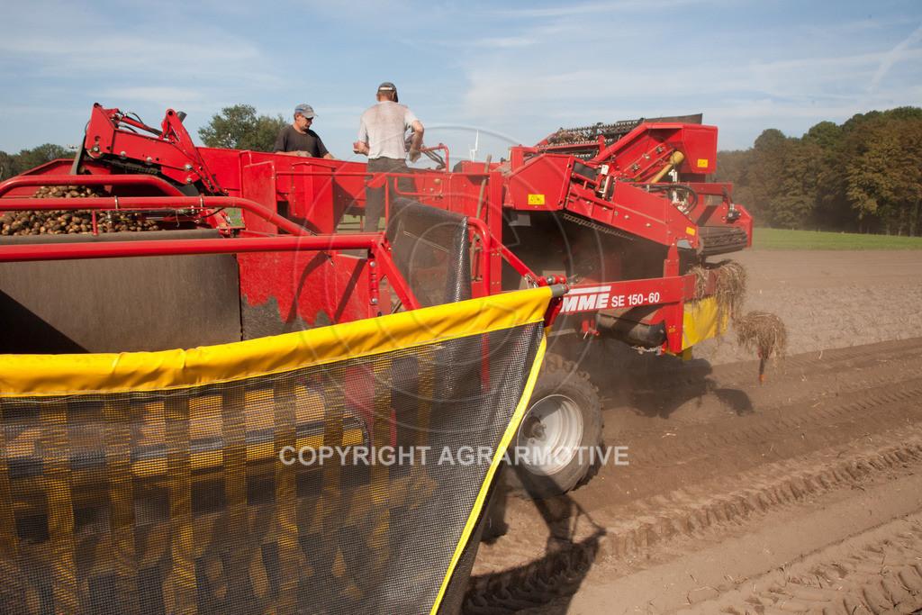 20110929-IMG_5911-ret | Ernte auf einem Kartoffelfeld - AGRARBILDER
