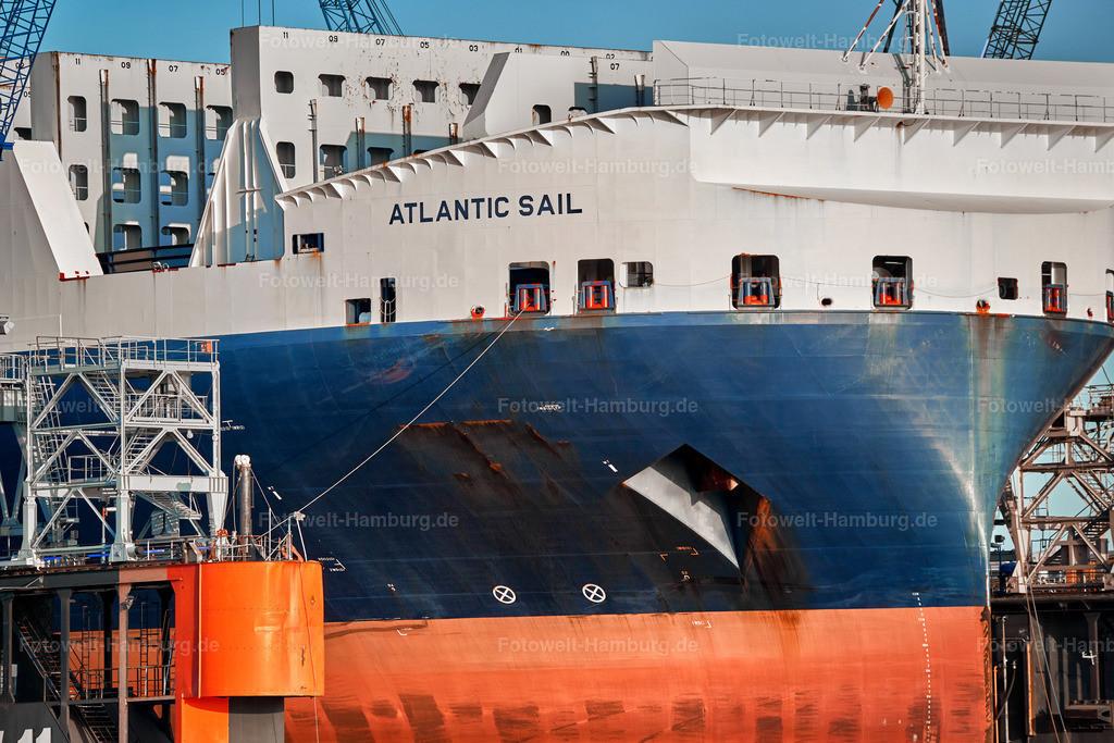 10191007 - Containerschiff Atlantic Sail   Das Containerschiff Atlantic Sail im Dock  bei Blohm + Voss im Hamburger Hafen.