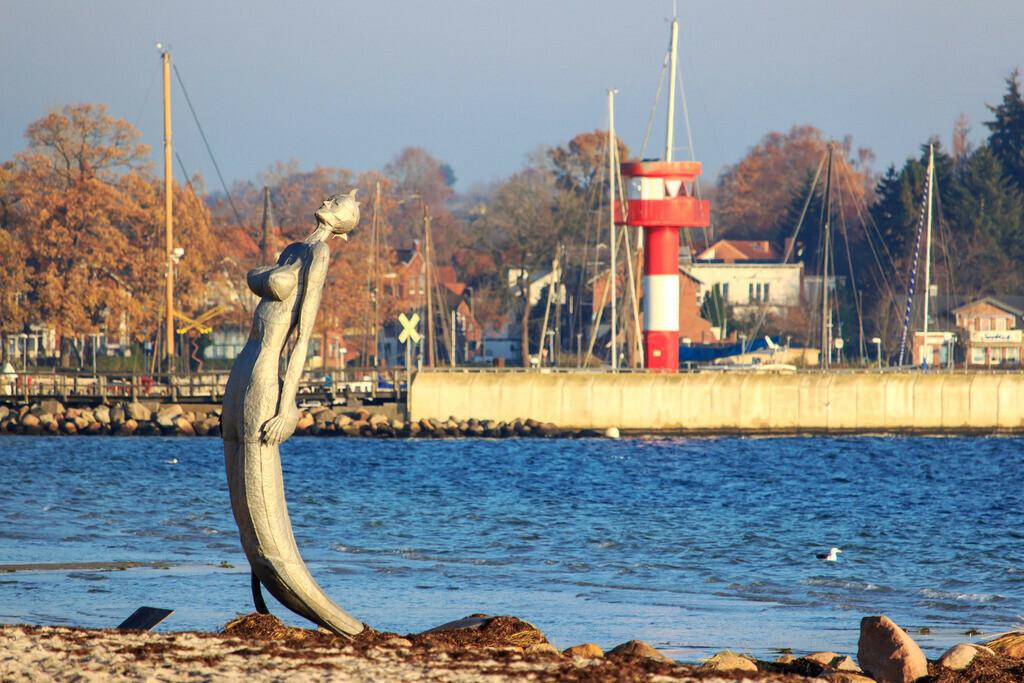 Strand in Eckernförde   Strand in Eckernförde im Herbst