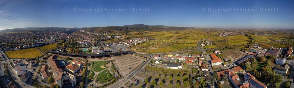 Paradies auf Erden - Bad Dürkheims Rebenmeer im Herbst aus der Vogelperspektive |