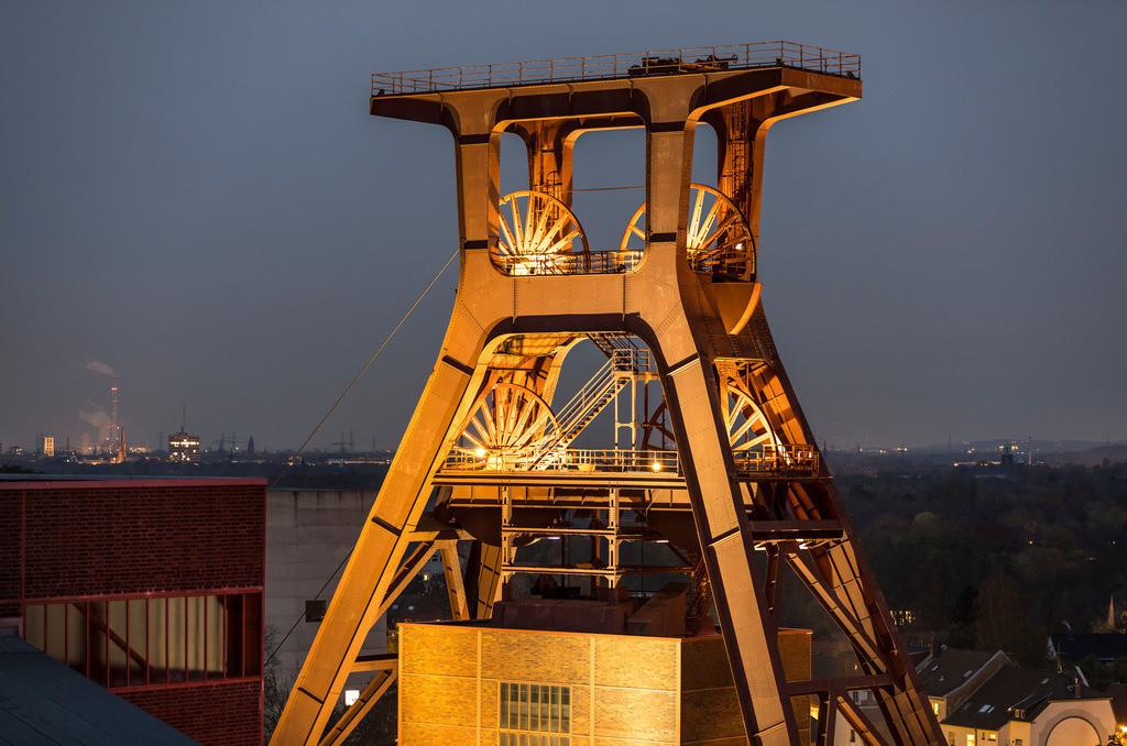 JT-161114-007 | Zeche Zollverein in Essen, UNESCO Welterbe, Doppelbock von Schacht XII,