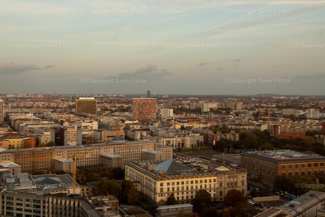 At night in Berlin | View over berlin from Potsdamer Platz