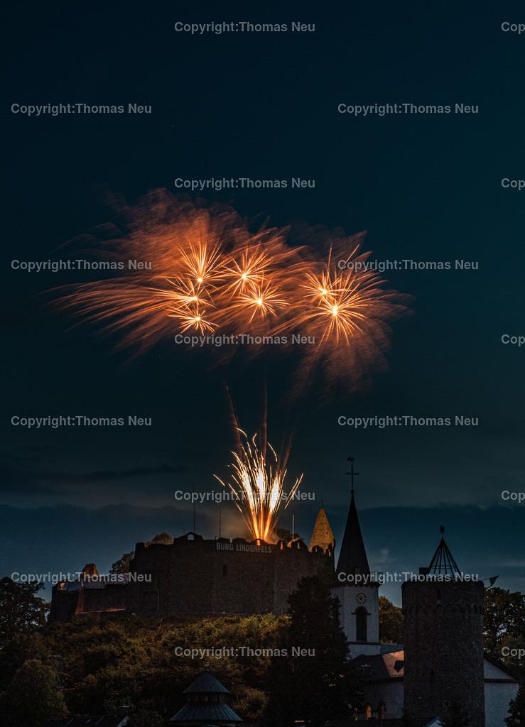 DSC_8555   Lindenfels, Burgfest Startschuss mit Lampionumzug und Feuerwerk, ,, Bild: Thomas Neu