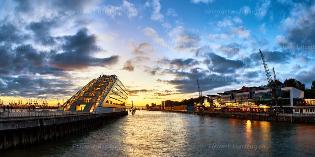 12017122 - Dockland Sunset   Eindrucksvolle Abendsitmmung am Dockland