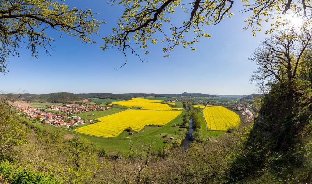 Saaletal bei Rothenstein  | Kleines 34MP Panorama im Frühling 2019 auf der Bastei bei Rothenstein.