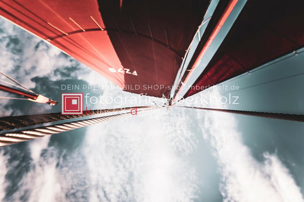 @Marko_Berkholz_mberkholz_MBE6859 | Die Bildergalerie Zeesenboot | Maritim | Segel des Warnemünder Fotografen Marko Berkholz zeigt maritime Aufnahmen historischer Segelschiffe, Details, Spiegelungen und Reflexionen.
