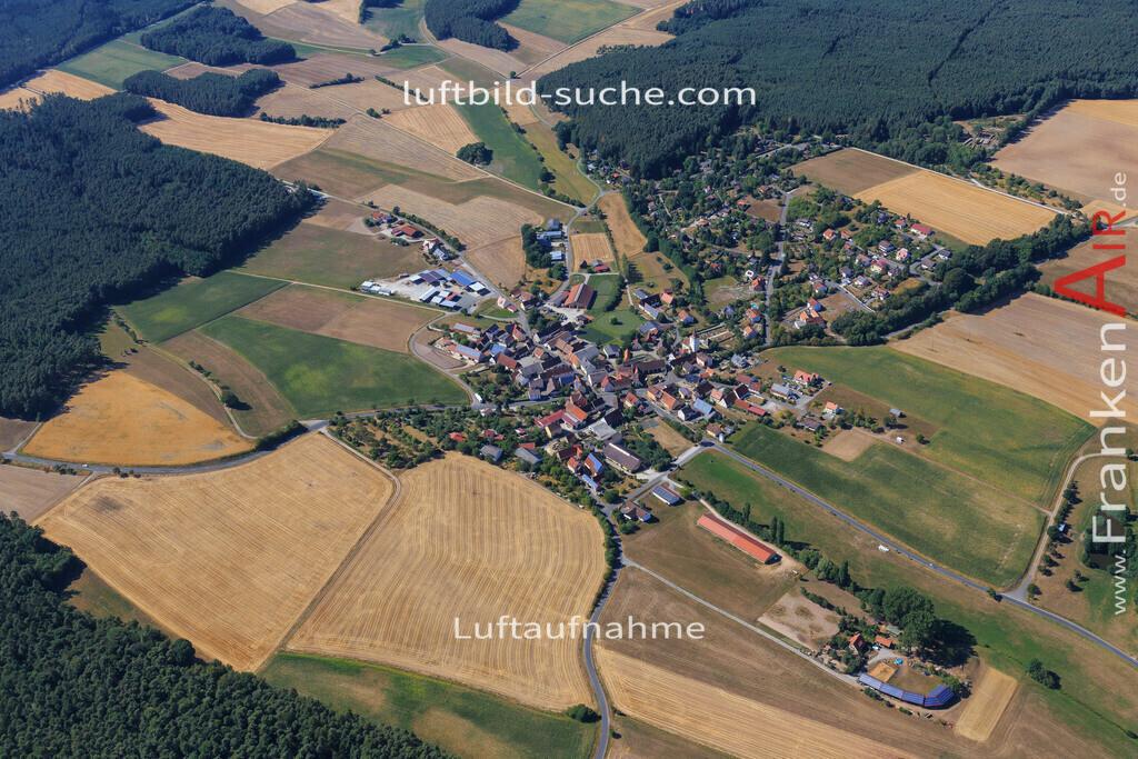 altershausen-muechsteinach-2015-1551 | Luftbild von Altershausen Muechsteinach - Luftaufnahme wurde 2015 von https://frankenair.de mittels Flugzeug (keine Drohne) erstellt - die Geschenkidee