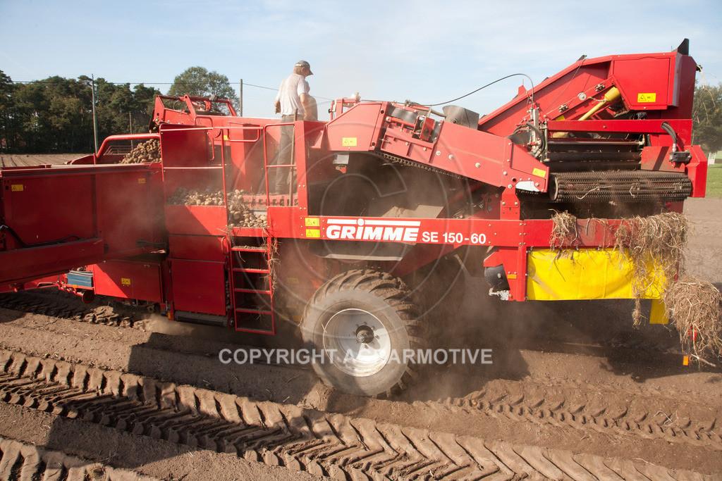 20110929-IMG_5913 | Ernte auf einem Kartoffelfeld - AGRARBILDER