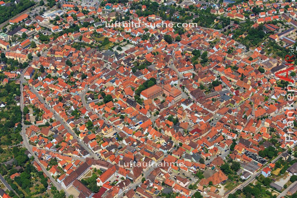 bad-windsheim-2015-1617 | Luftbild von  Bad-windsheim - Luftaufnahme wurde 2015 von https://frankenair.de mittels Flugzeug (keine Drohne) erstellt - die Geschenkidee
