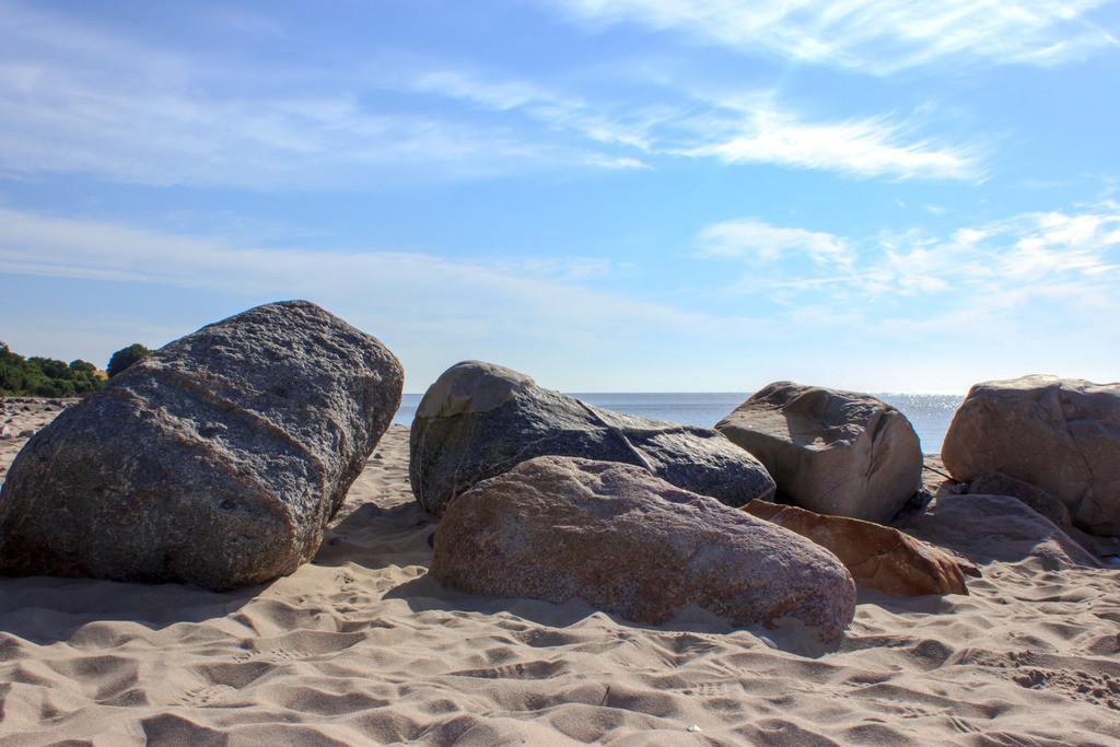 Strand in Langholz | Steine am Strand in Langholz