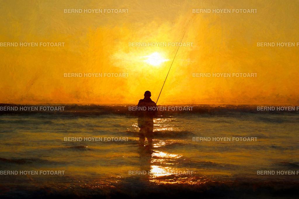 fishing the sun II | Foto eines Anglers vor einem Sonnenuntergang über dem Atlantischen Ozean in Conil de la Frontera (Andalusien), Spanien / Digitale Bildbearbeitung / der Ölmalerei nachempfunden /