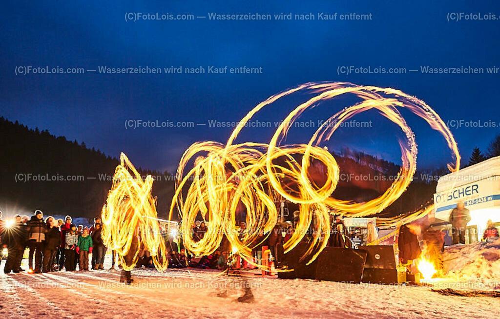 144_FIRE-ICE_Lackenhof   (C) FotoLois.com, Alois Spandl, FIRE & ICE in Lackenhof bei der Schirmbar im Weitental mit der Liveband àlaSKA, Feuershow von FEUERMATRIX, feurige Kulinarik, Pistenraupentaxi und dem großen Abschlussfeuerwerk zum Beginn der Semesterferien, Sa 2. Februar 2019.