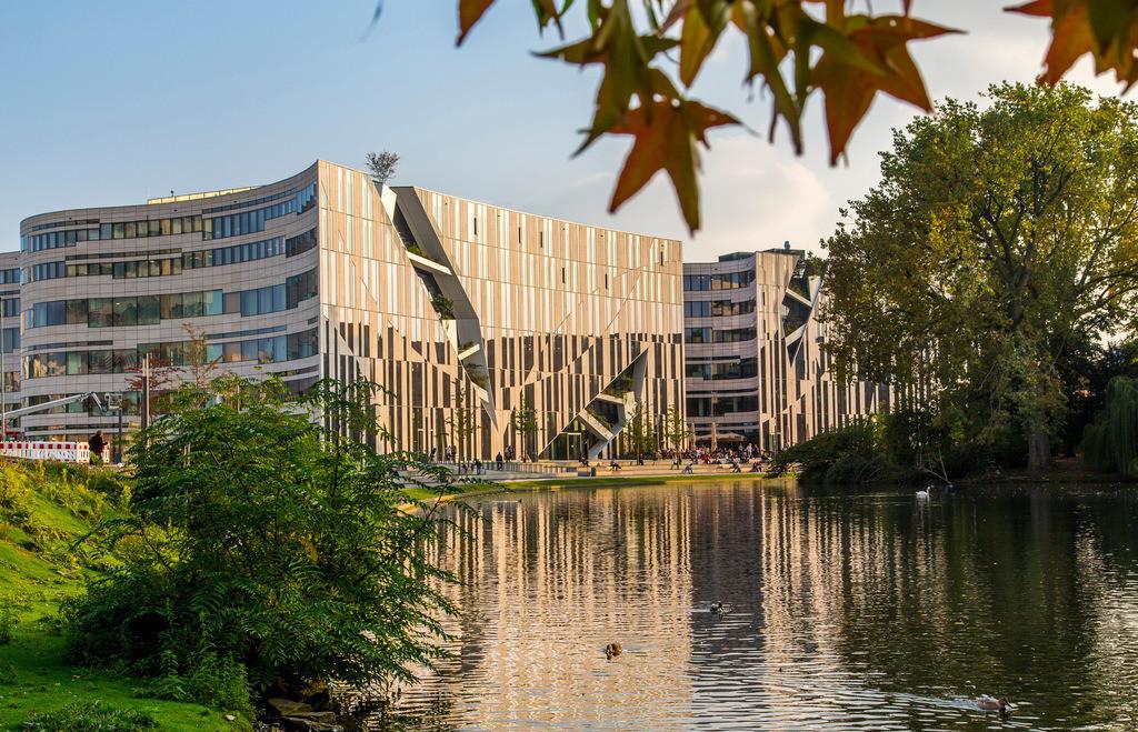 JT-140930-037 | Gebäude Komplex mit Büros, Geschäften und Gastronomie Kö-Bogen in der Innenstadt von Düsseldorf, am Ende der Nobel Einkaufsmeile, Königsallee,