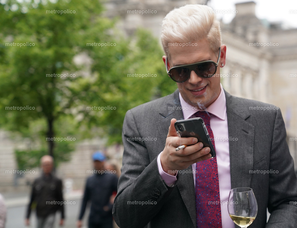 Milo Yiannopoulos (27)