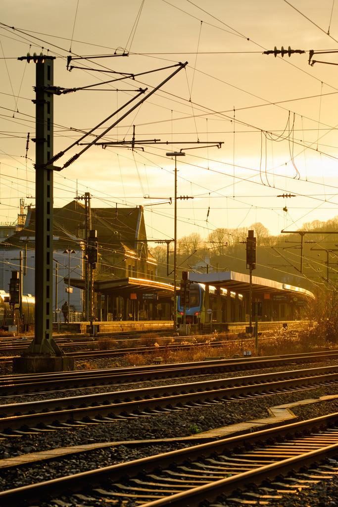 Gleise am Bielefelder Hauptbahnhof | Gleise am Bielefelder Hauptbahnhof im Gegenlicht.