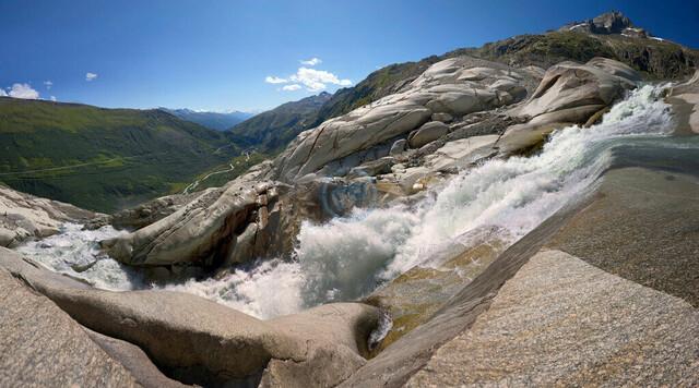 Rhônegletscher Wasserfall   CHE, Schweiz, Wallis, Saas Fee, 11.08.2010, Rhônegletscher Wasserfall Blick ins Tal[© 2010 Christoph Hermann, Bild-Kunst Urheber 707707, Karlstrasse 94, 70794 Filderstadt, 0711/6365685;   www.hermann-foto-design.de ; Contact: E-Mail ch@hermann-foto-design.de, fon: +49 711 636 56 85,  ]