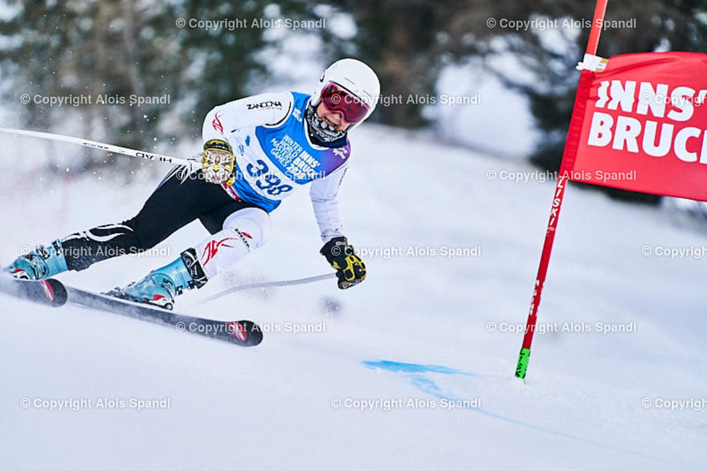 ALS5677_WWMG_GS-II_C   (C) FotoLois.com, Alois Spandl, WinterWorldMastersGames 2020 Innsbruck, Giant Slalom-II Gruppe C Damen, Patscherkofel Olympiaabfahrt, Mi 15. Jänner 2020.
