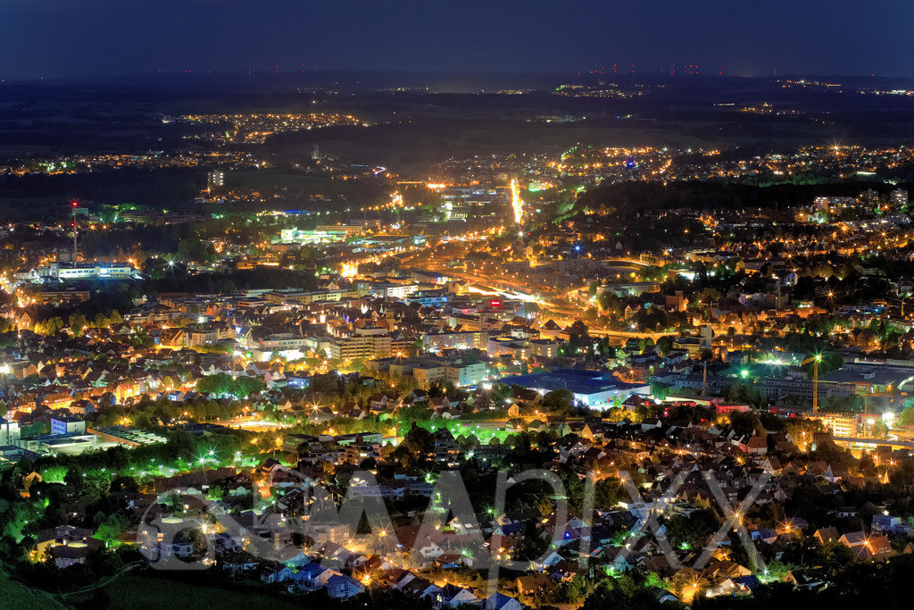 Aalen City Night | Blick vom Aussichtsturm Aalbäumle Richtung City