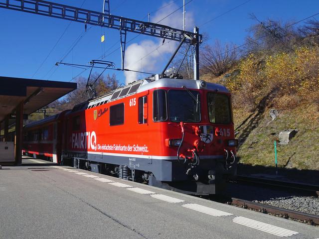 Ge 4/4 II 615 | Der Regionalzug kommt aus Davos und wendet hier.